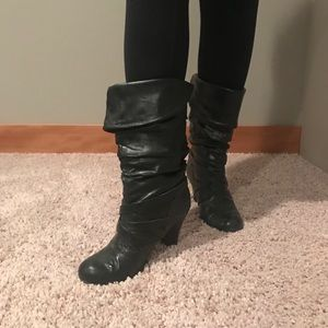 Black fashion boots